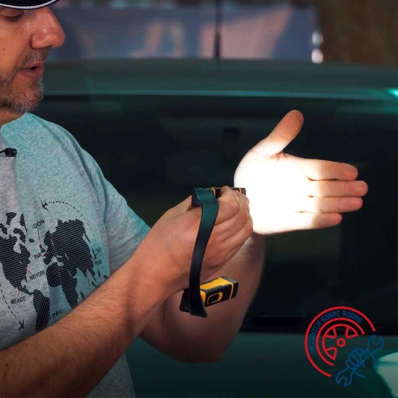 CAT Lanterna LED Pescoço Bateria USB 300 Lumens